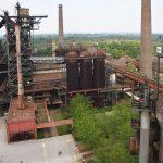 Altes verrostete Industrieanlage